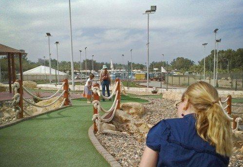 Agaila Mini Golf
